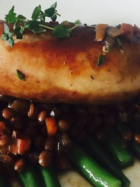 Bratwurst mit Linsen und Prinzessbohnen