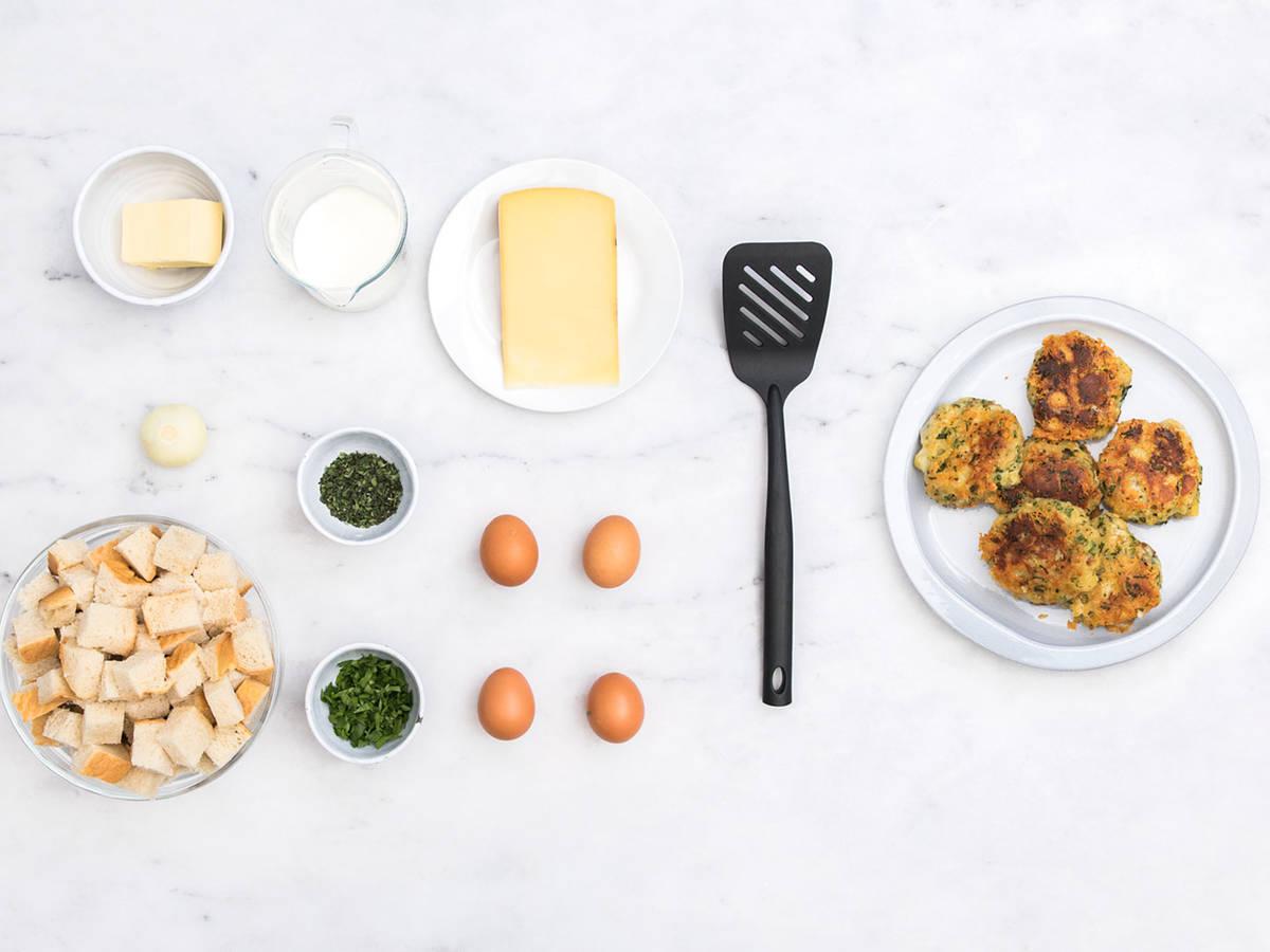 Tyrolean cheese and bread dumplings