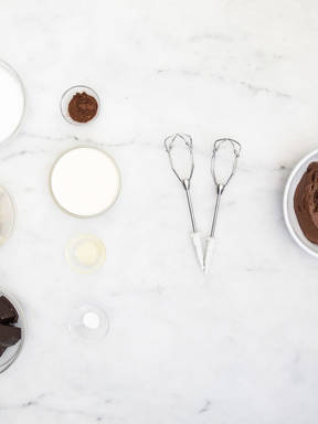 Homemade fudge frosting