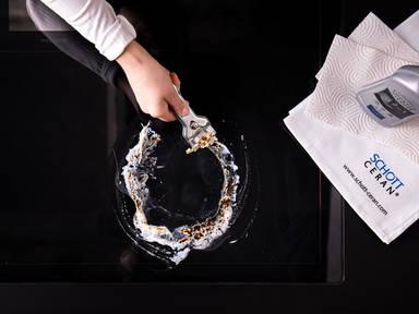 Ein Glaskeramik-Kochfeld richtig reinigen
