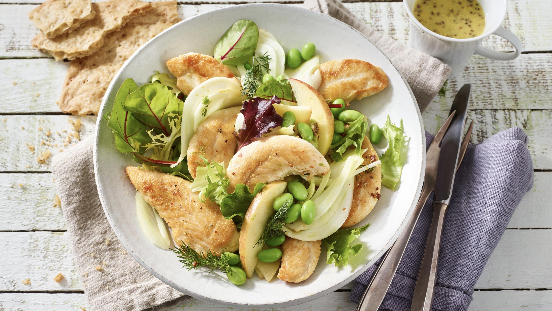 Hähnchen-Fenchel-Salat mit Apfel und Avocado