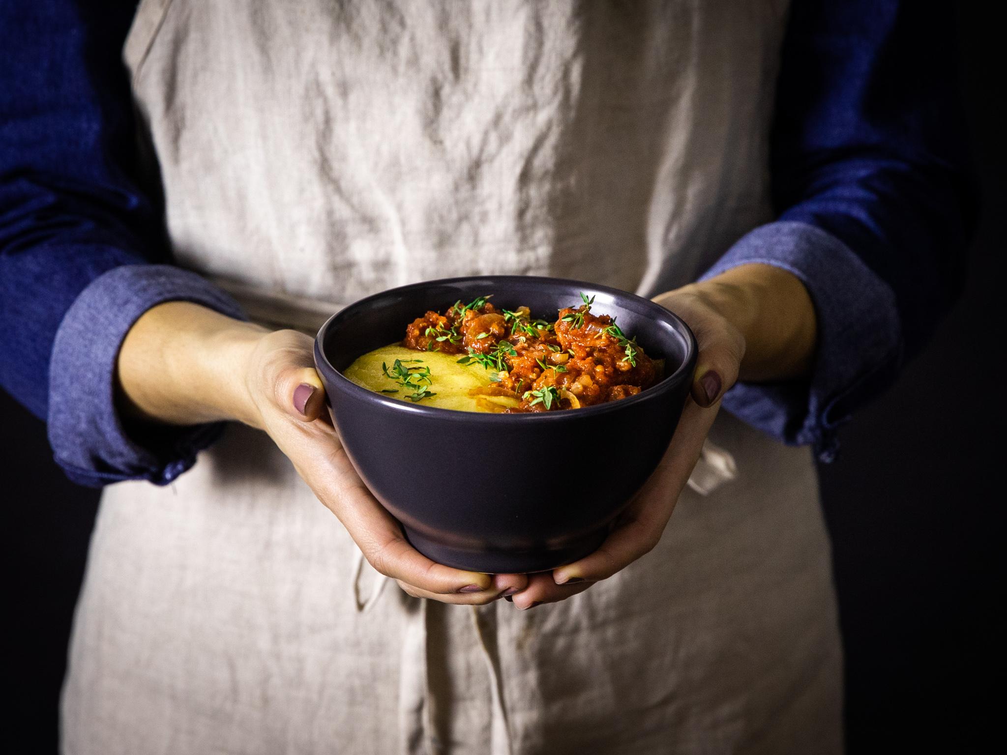 Polenta mit Salsiccia-Ragout mit 5 Zutaten | Rezept mit Video