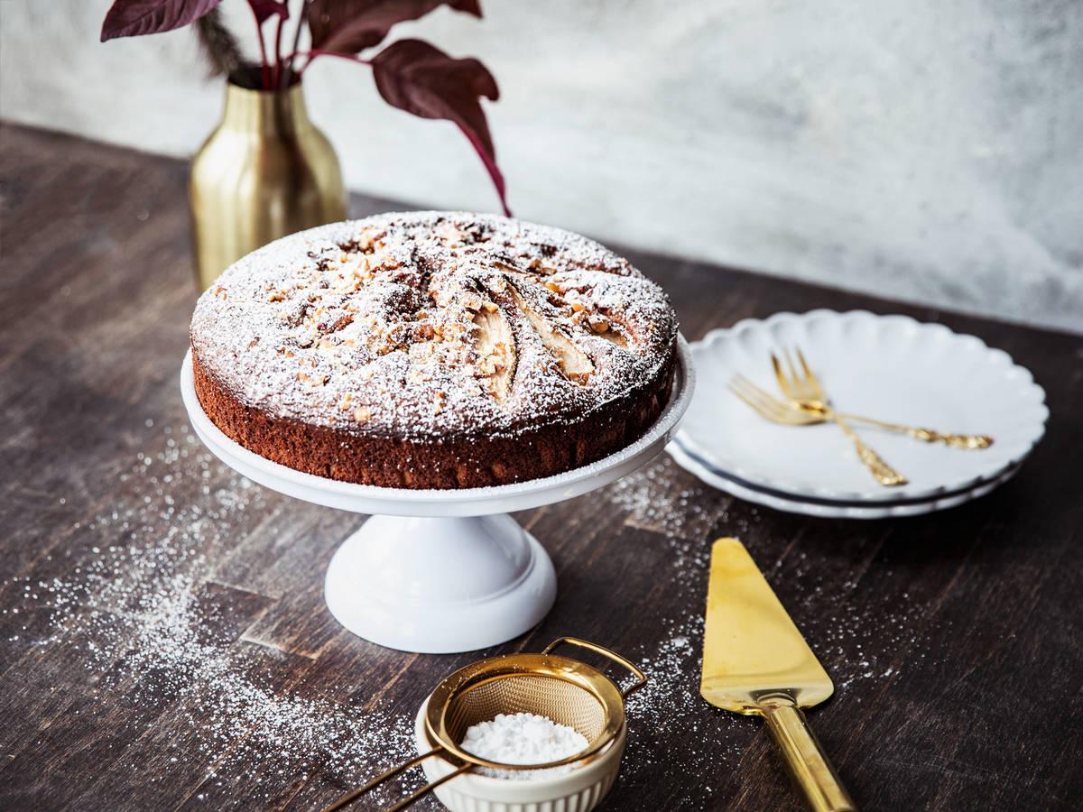 Schoko-Olivenöl-Kuchen mit Birnen