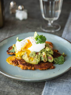 Sweet potato fritters with guacamole and poached egg