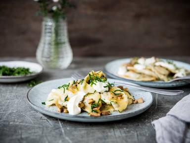 Piroggen mit Sauerkraut-Pilz-Füllung