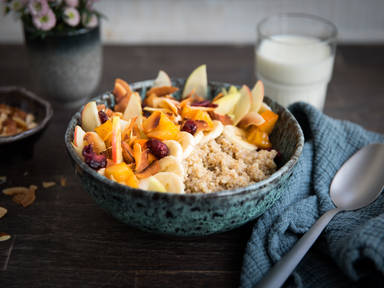 Spiced quinoa porridge with persimmon
