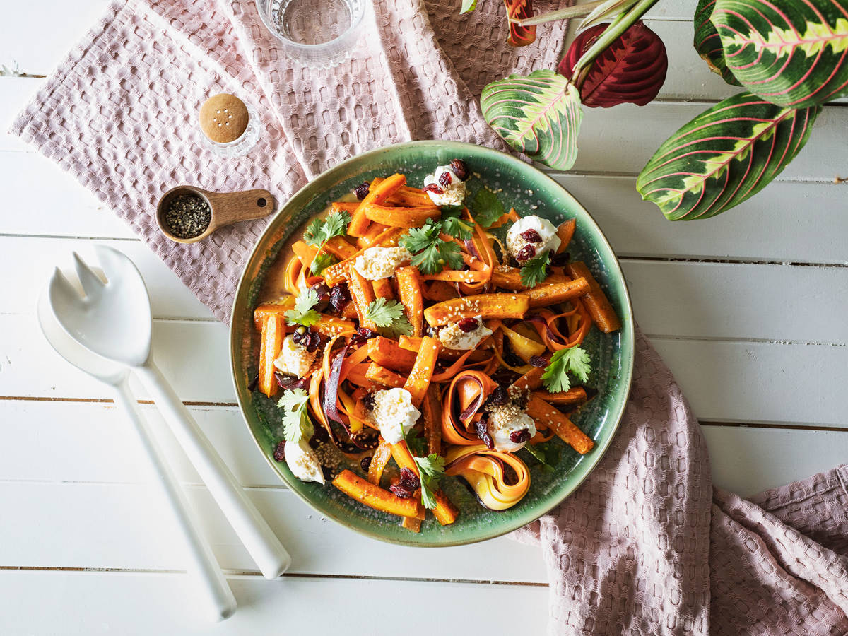 Warm carrot salad