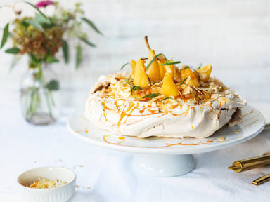 Cinnamon Pavlova with apple-pear compote and mascarpone
