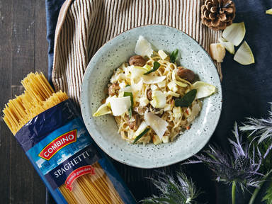 Creamy winter spaghetti with chestnuts, endive, and apple