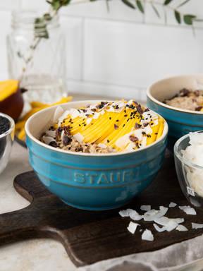 Honey-coconut porridge