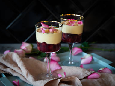 Zabaglione with sour cherries