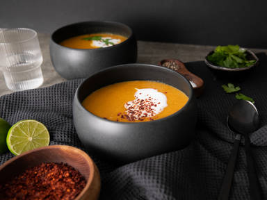 Yellow curry split pea soup