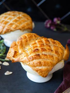 Creamy cauliflower and tarragon pot pie