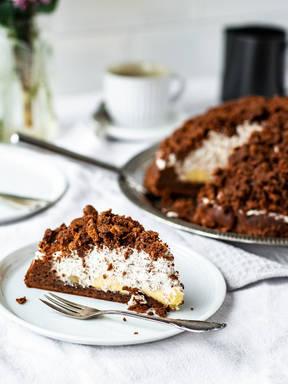 Maulwurfkuchen (German mole cake)