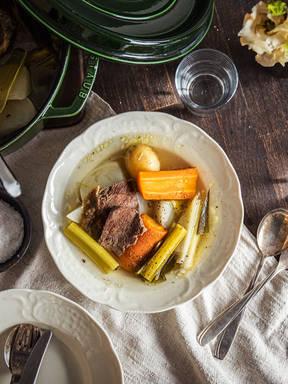 Pot-au-feu (Nordfranzösischer Rindfleisch-Eintopf)