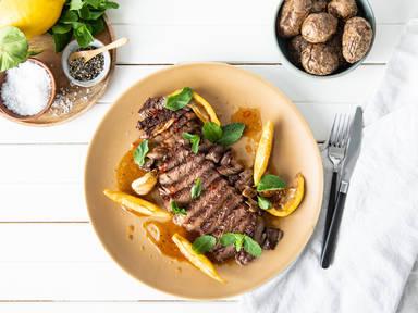 Rib-eye steak with honey-chili glaze