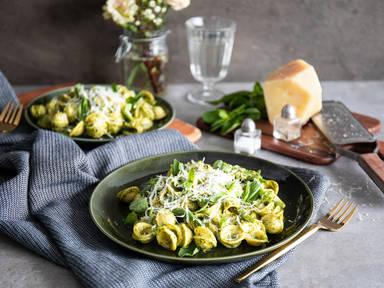 Orecchiette with green beans and pistachio pesto