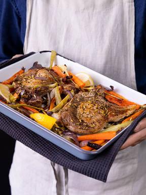 5-ingredient sheet pan pork chops and roasted vegetables
