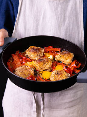 5-ingredient oven-roasted chicken thighs and red peppers