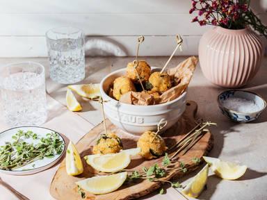 Polpette di Zucchine (Knusprige Zucchini-Mozzarella-Bällchen nach italienischer Art)