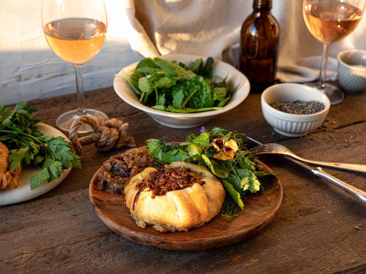 普罗旺斯香料烤山羊奶酪
