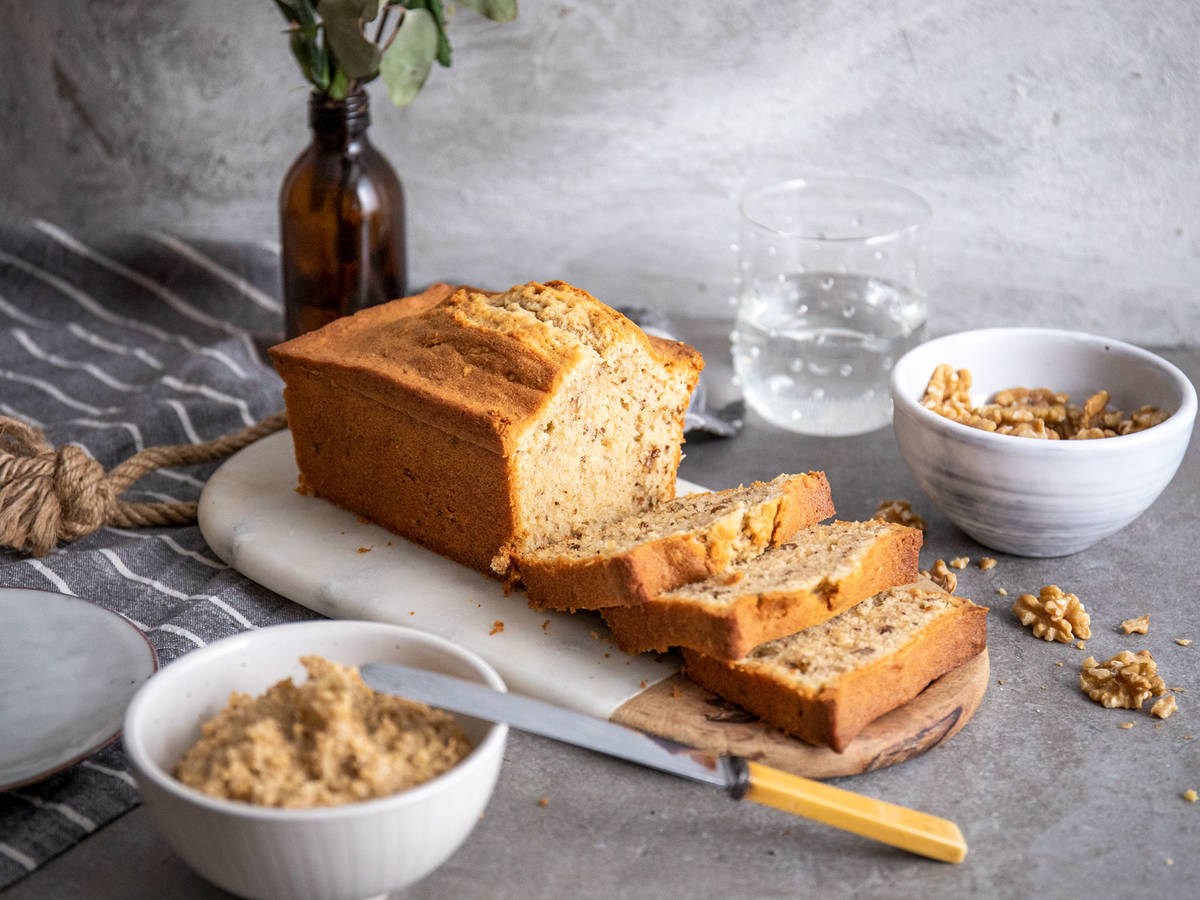 Walnut loaf cake with cinnamon walnut butter