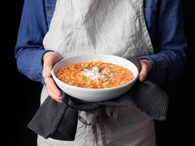 5-ingredient pasta e ceci (Pasta with chickpeas)