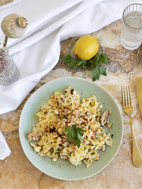 Lemony winter pasta with roasted cauliflower