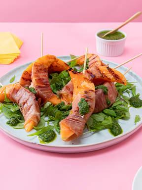 Gegrillte Cantaloupemelone  mit Prosciutto und Chimichurri