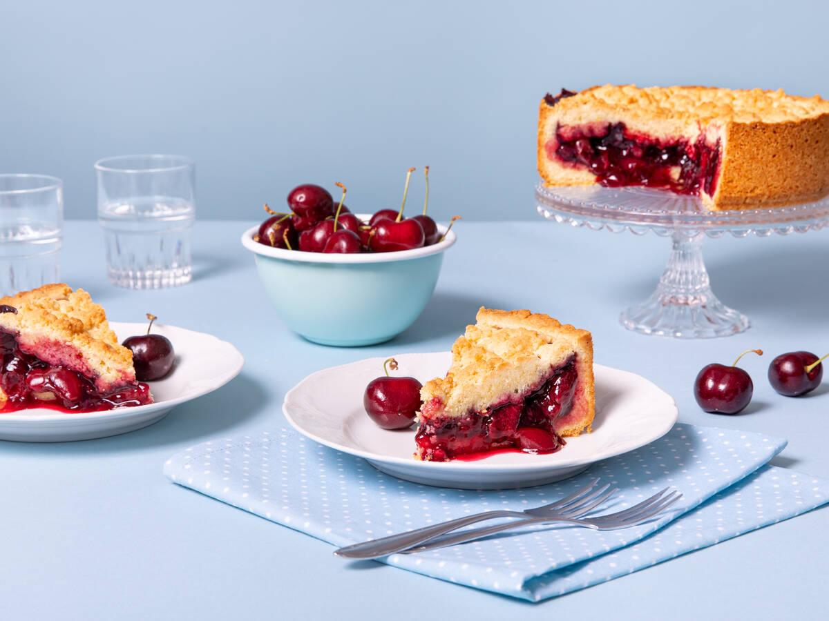 German sour cherry streusel cake