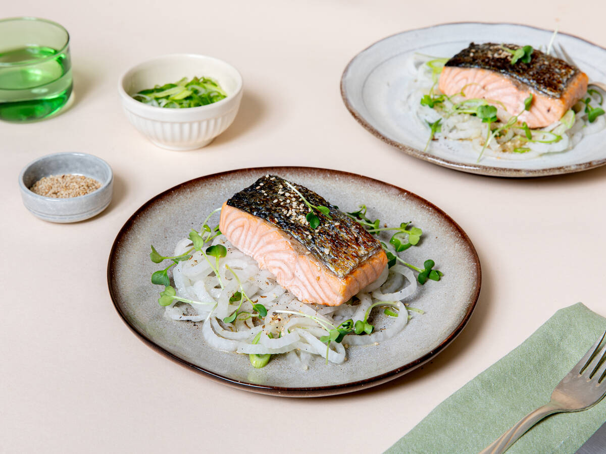 Roasted salmon with marinated daikon radish