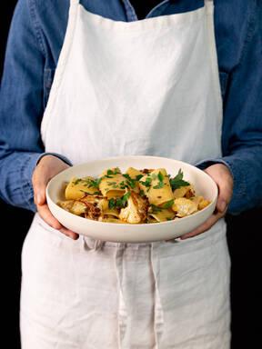 5-ingredient paccheri with roasted cauliflower