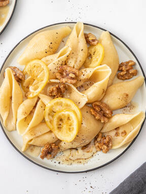 Whole lemon pasta