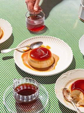 Pannacotta mit Tonkabohne und Espresso