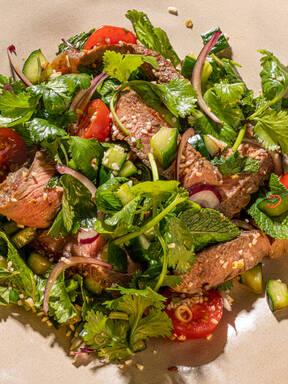 Yum Nua (Thai beef salad)