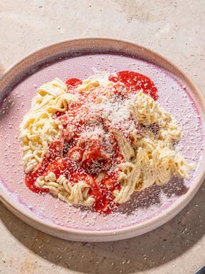 Hausgemachtes Spaghettieis