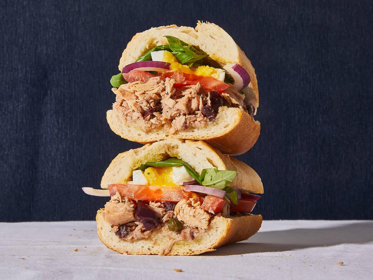 Pan bagnat (französisches Thunfisch-Sandwich)
