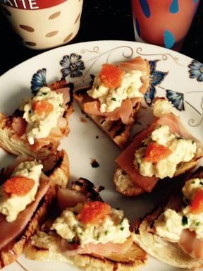 Smoked salmon croissant bites