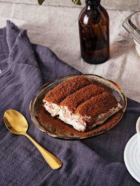 Make classic tiramisu with Lisa