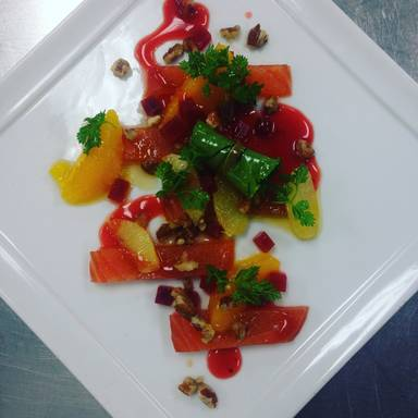 冬季红点腌制鲑鱼