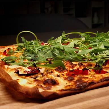 Easy white pizza