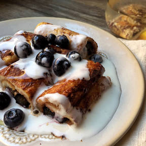 French toast berry rolls