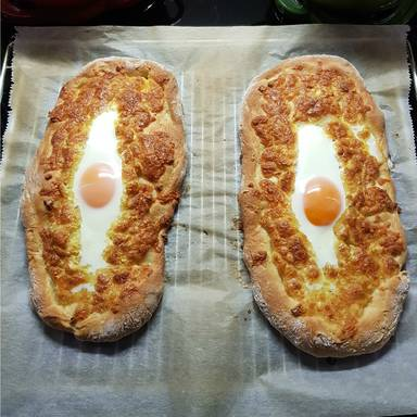 Georgian cheese and egg bread