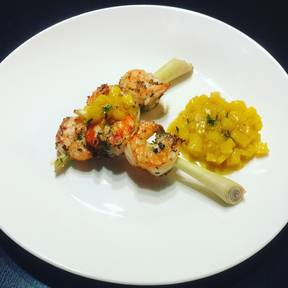 Marinated shrimp with mango salsa