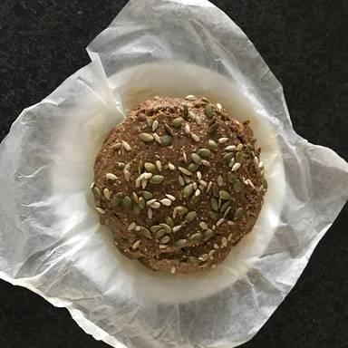 Paleo种子面包