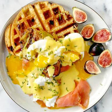 Panettone waffles Benedict