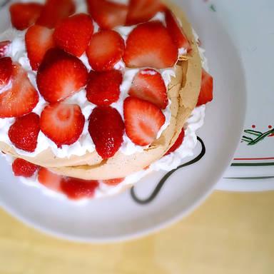 Pavlova-Kuchen