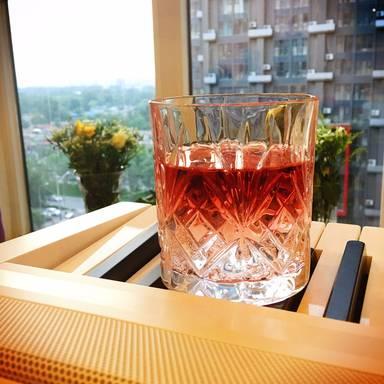 Rotwein-Schorle